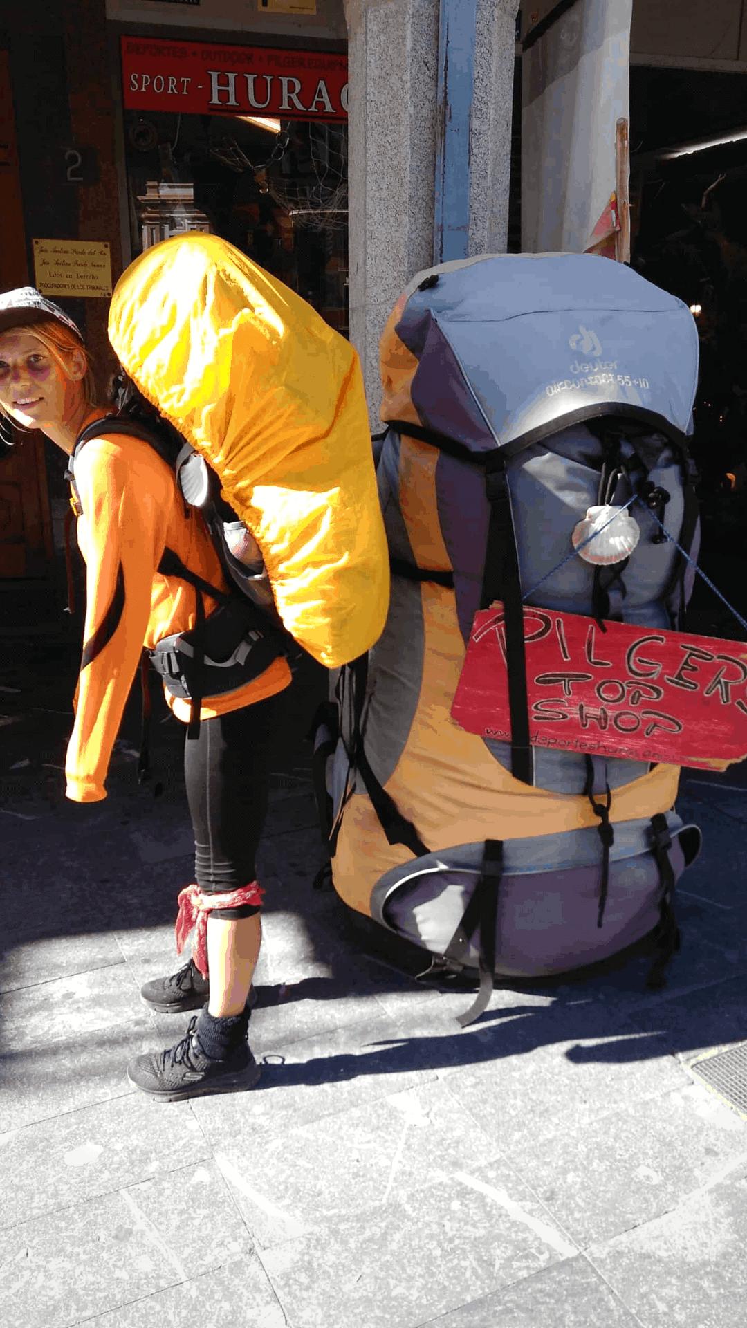 sådan skal man ikke pakke en rygsæk på caminoen